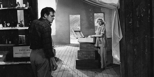 Van Heflin and Evelyn Keyes in Joseph Losey's  Prowler