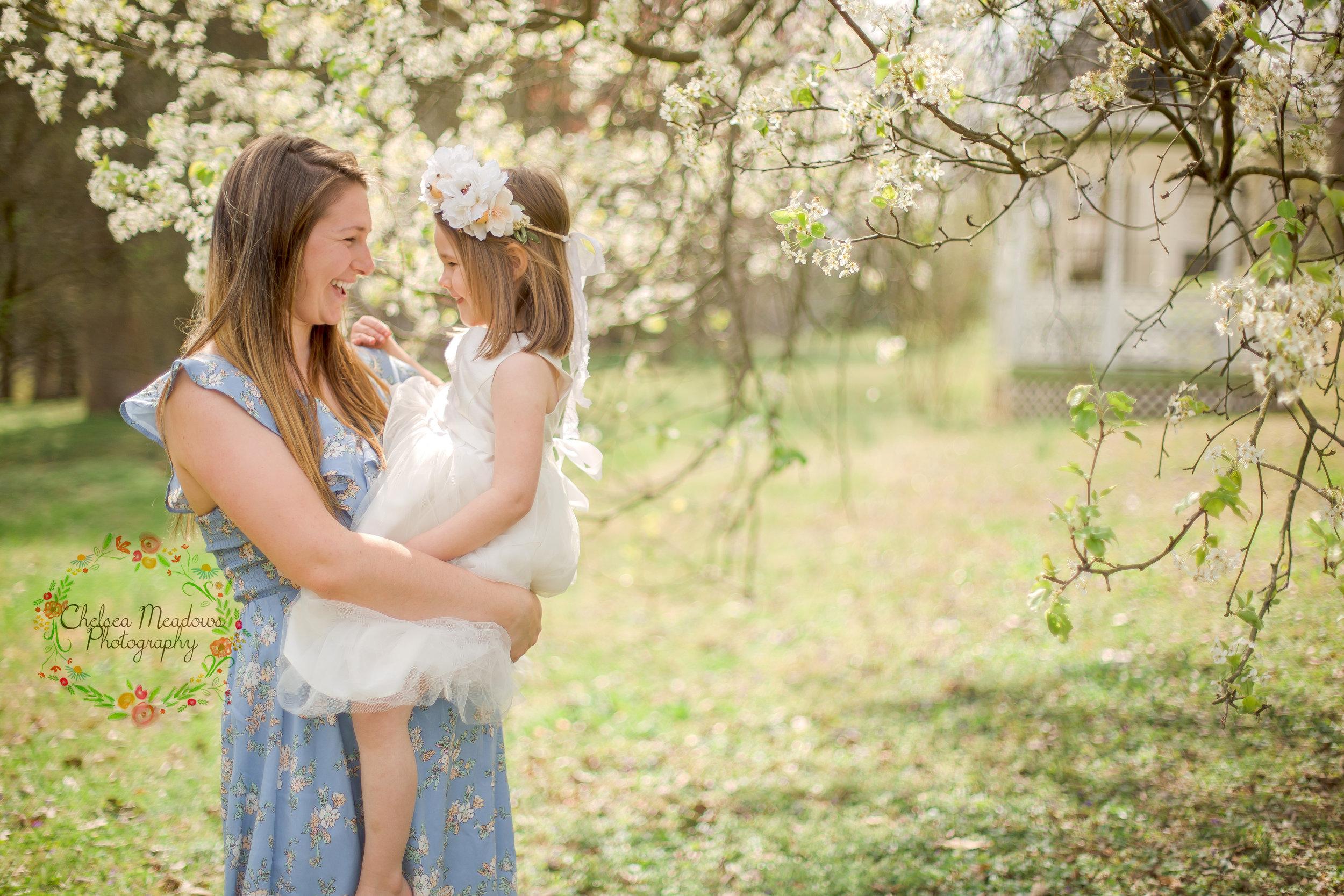 Ellis Family Spring Minis - Nashville Family Photographer - Chelsea Meadows Photography (4)_edited-1.jpg
