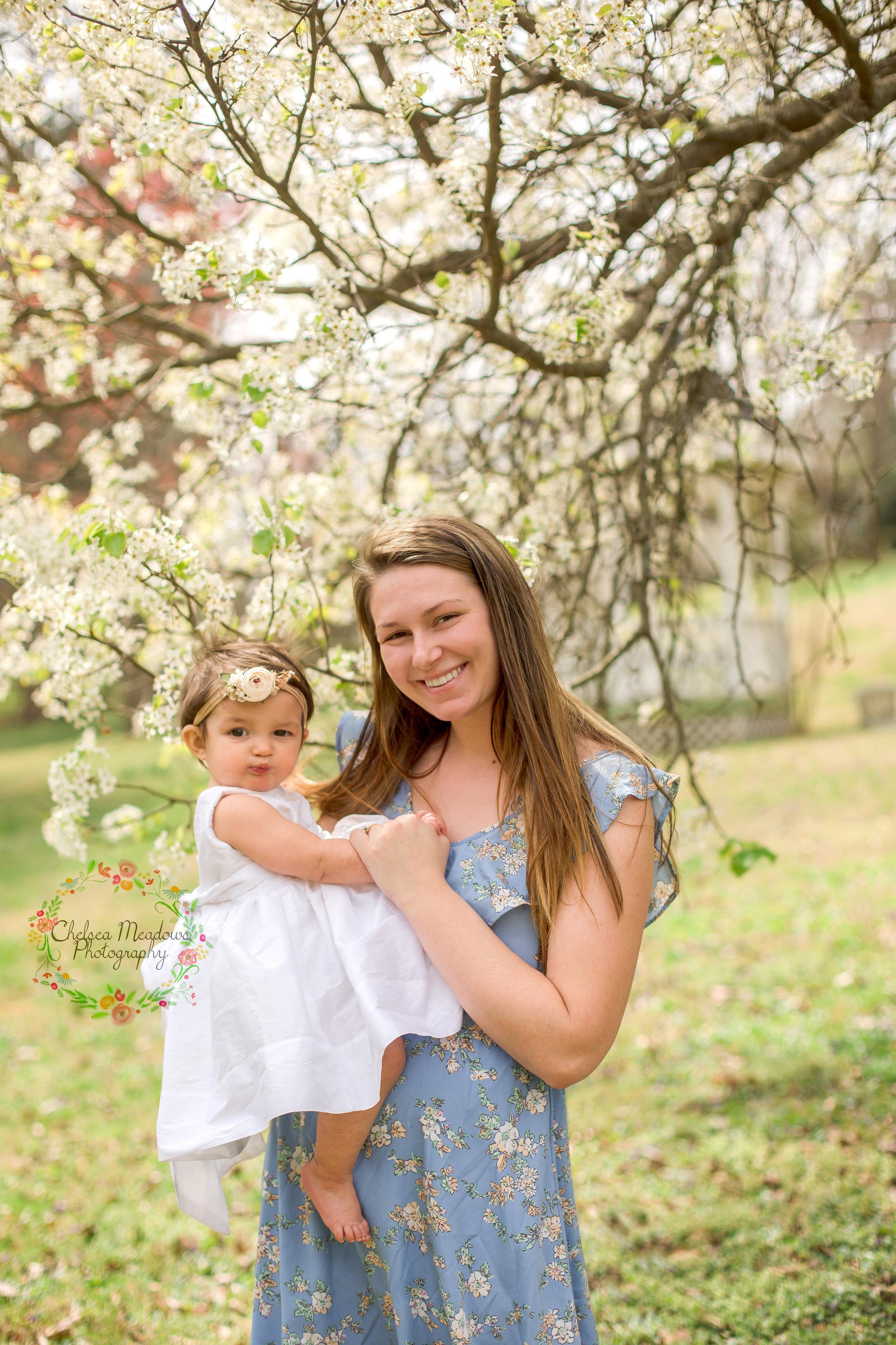 Ellis Family Spring Minis - Nashville Family Photographer - Chelsea Meadows Photography (13)_edited-1.jpg