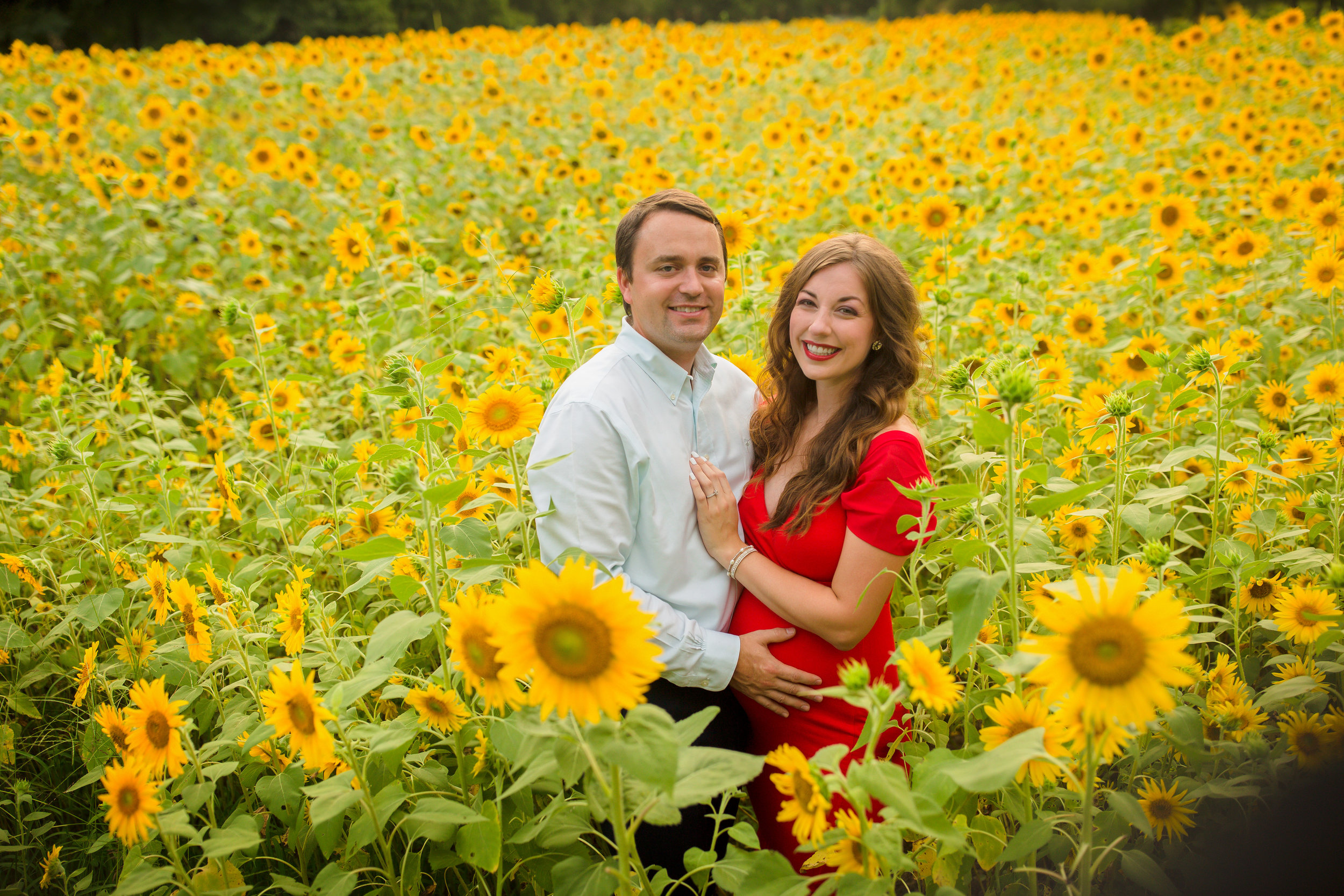 Alexis-&-Quent-Sunflower-Maternity-Nashville-Maternity-Photographer-Chelsea-Meadows-Photography-(33).jpg