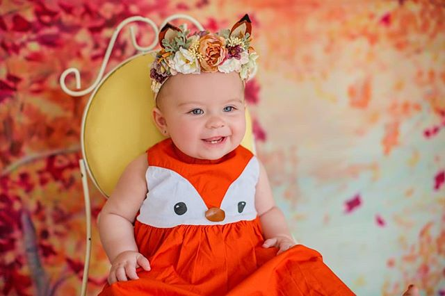 Even though this little lady is not one I feel it's still appropriate to share this photo because I've finally finished planning all of my fall minis! To make things even better, Kroger now have their pumpkins out!  Gotta get them before all the Belle Meade witches get the good ones 🎃🧹 #halloween #halloweencostume #chelseameadowsphotography #firstbirthday #nashvillestyle #nashville #motherdaughter #letthembelittle #motherhoodsimplified #fallfashion #nola #babyfox #foxes #pumpkinpatch #babyphotos #fatherdaughter #inspired_by_colour #inspirepregnancy #newbornart #newborngirl #fallishere #nashvillefamilyphotographer #familyphotos #adventurelovers