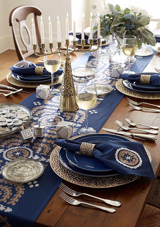 Chanuka Table Setting.jpg
