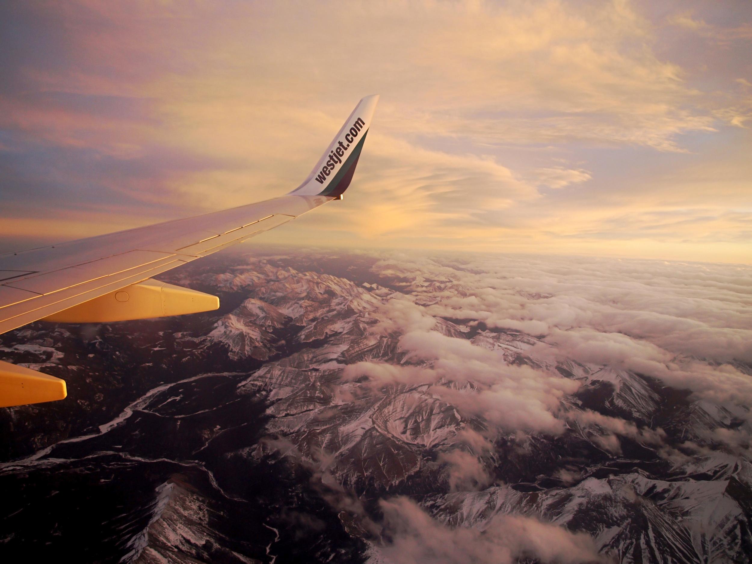 westjetflightrockies.jpg