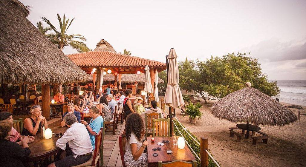 133-restaurant-_-fine-dining-_-beach-_-ocean-view-_-boutique-hotel-_-spa-resort-_-yoga-retreat-_-restaurant-_-playa-troncones-mexico-_-chris-hannant-photography.jpg.1024x0-1024x560.jpg