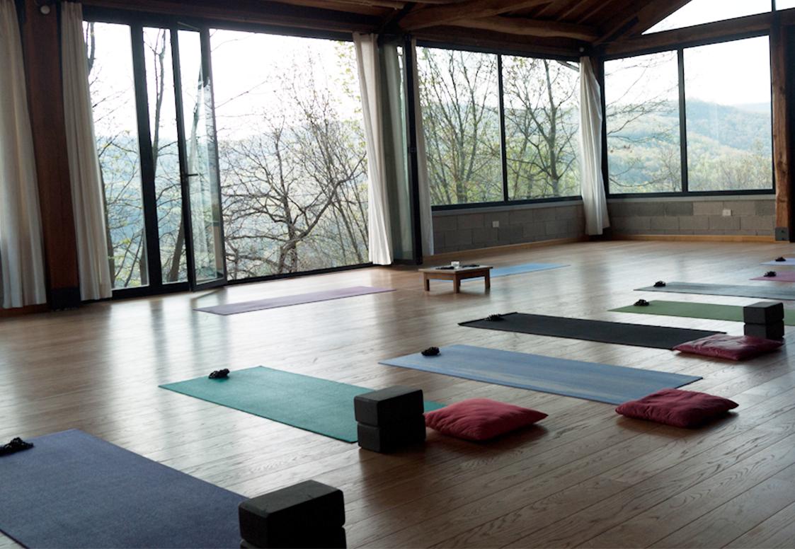 yoga-room.png