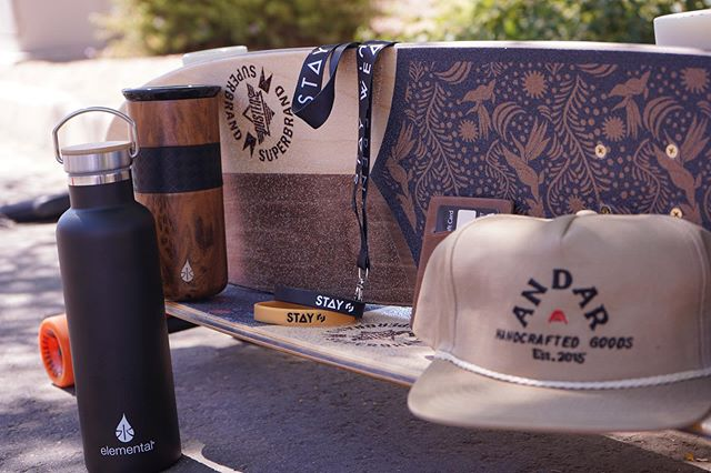 G I V E A W A Y Happy 4th of July! We've teamed up with @andarwallets @elementalbottles and @staywear to bring one lucky winner some awesome goods! Winner will receive a wallet, hat, and phone case from @andarwallets, a Teak Wood tumbler and stainless steel bottle from @elementalbottles, a $50 gift card from @staywear, and a long board or cruiser (you pick!) from @dusterscalifornia. Here's how to enter: 1️⃣ Follow @andarwallets @elementalbottles @staywear @dusterscalifornia 2️⃣ Like this post 3️⃣ Tag a friend in the comments (multiple entries allowed) Good luck! Giveaway closes Friday, July 5 at 11:59 PM PST.