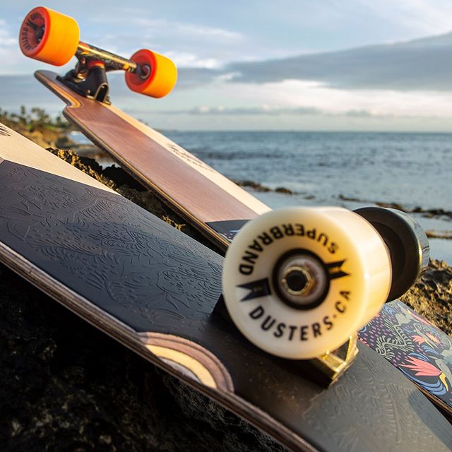 Hope you all had an amazing 4th of July/ summer weekend! The @super_brand cruiser and longboard are going fast. But still a few in stock. Get them before they are gone🏄‍♀️ 👋👋👋 🏄‍♂️
