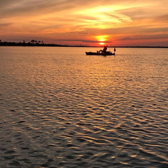 The reason we do this! #sunset #kayakfishing #destinflorida