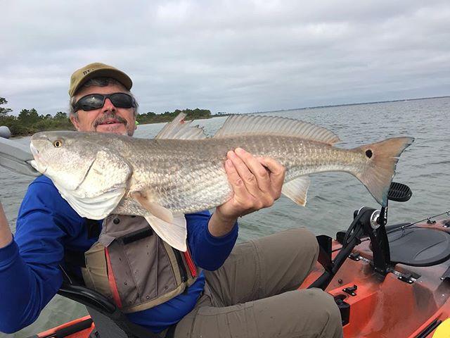 Love seeing people catch fish!!!#redfish #destinflorida #kayakfishing