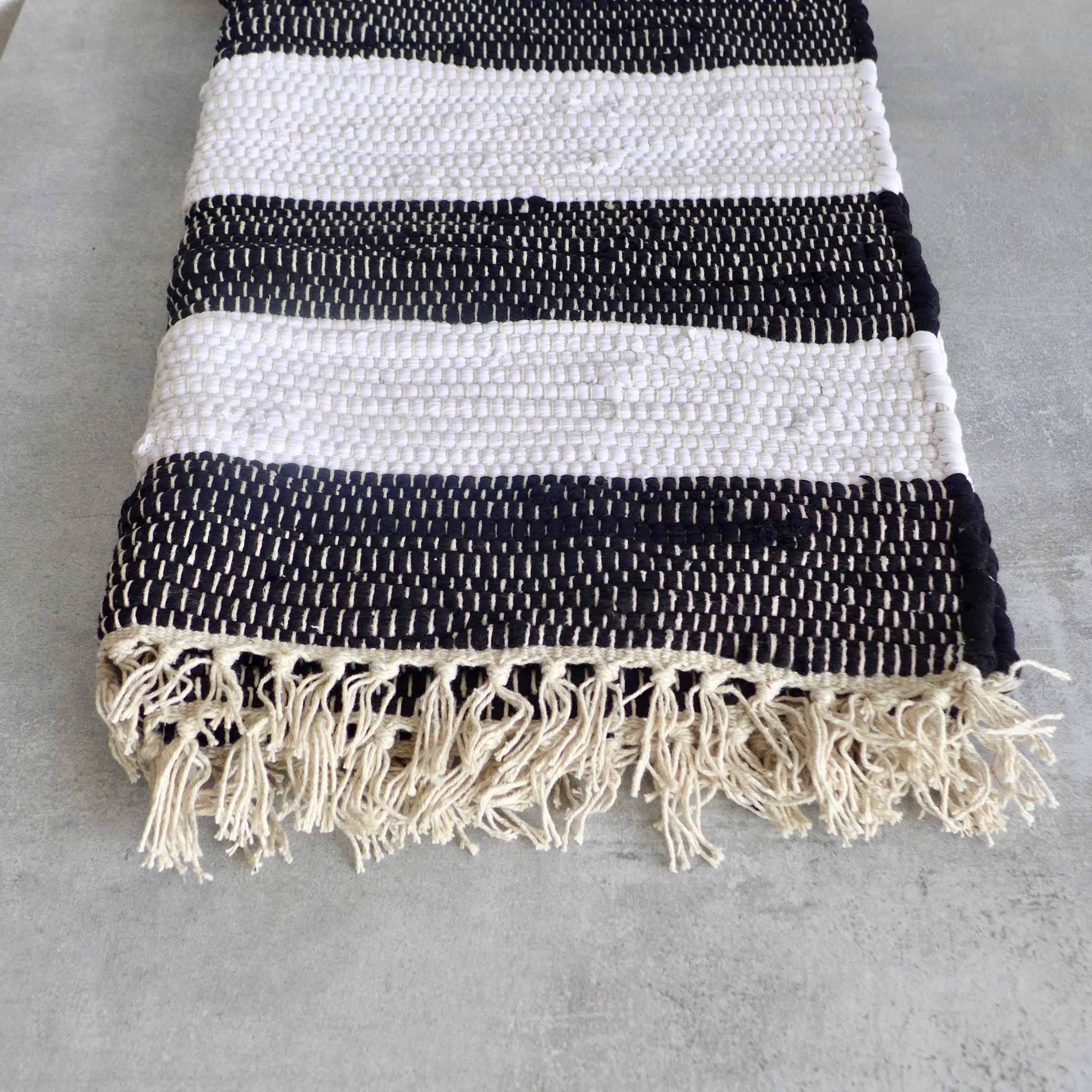 Black White Stripe Bath Mat 90cm X 60cm