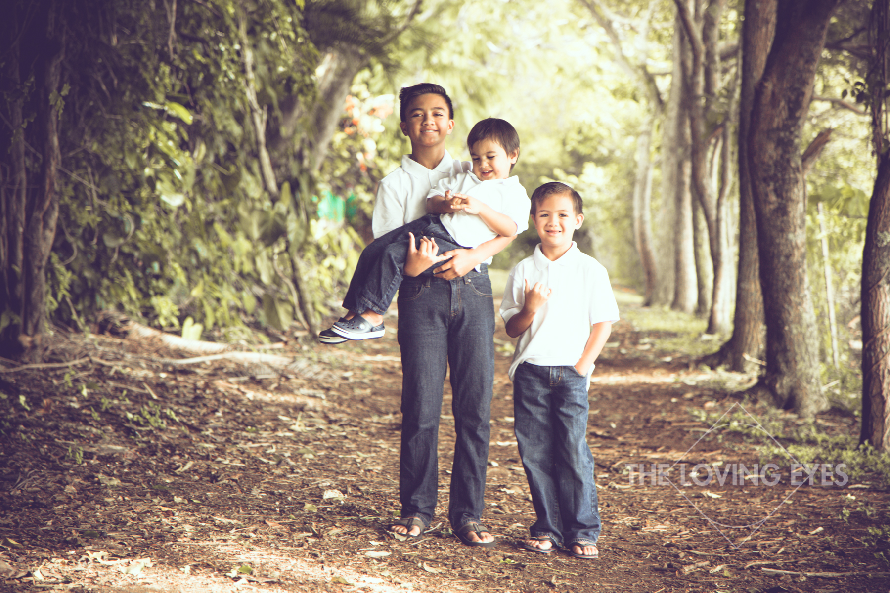 Sam was very easy going and made it a point to know each of my sons names, I think that made them feel more comfortable from the beginning of our photo shoot to the end. He made it feel very easy, when I know in fact three young boys on a photo shoot out in nature is not the easiest. -Brianne, Lihuʻe HI