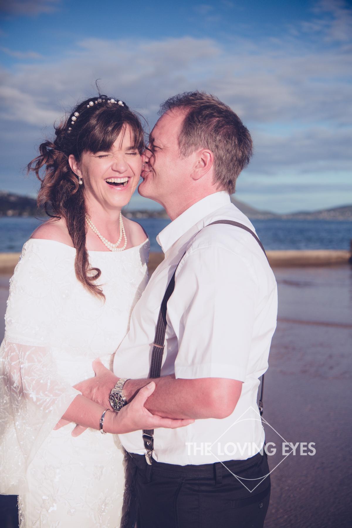 Hawaiian-beach-elopement-8.jpg