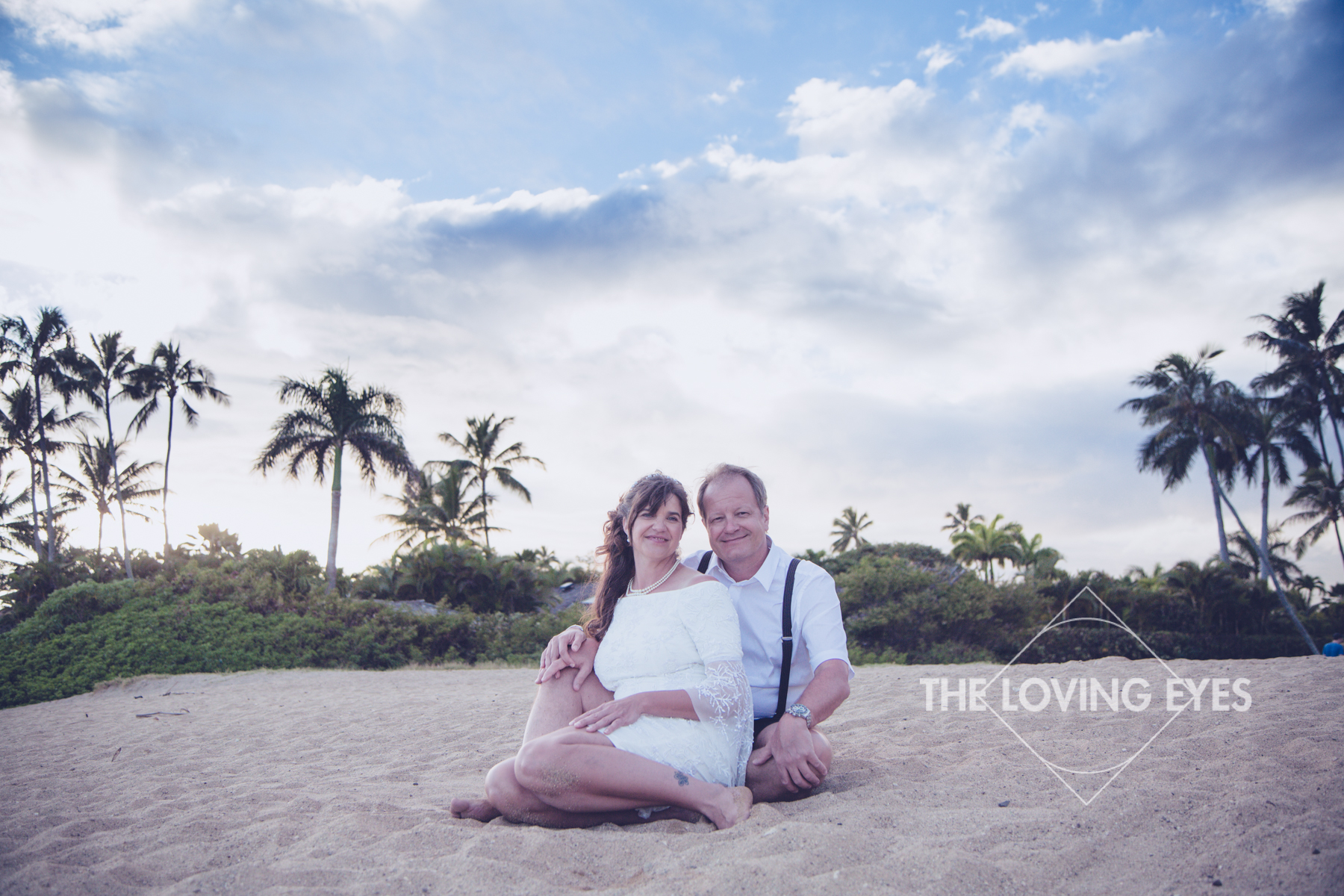 Hawaiian-beach-elopement-10.jpg