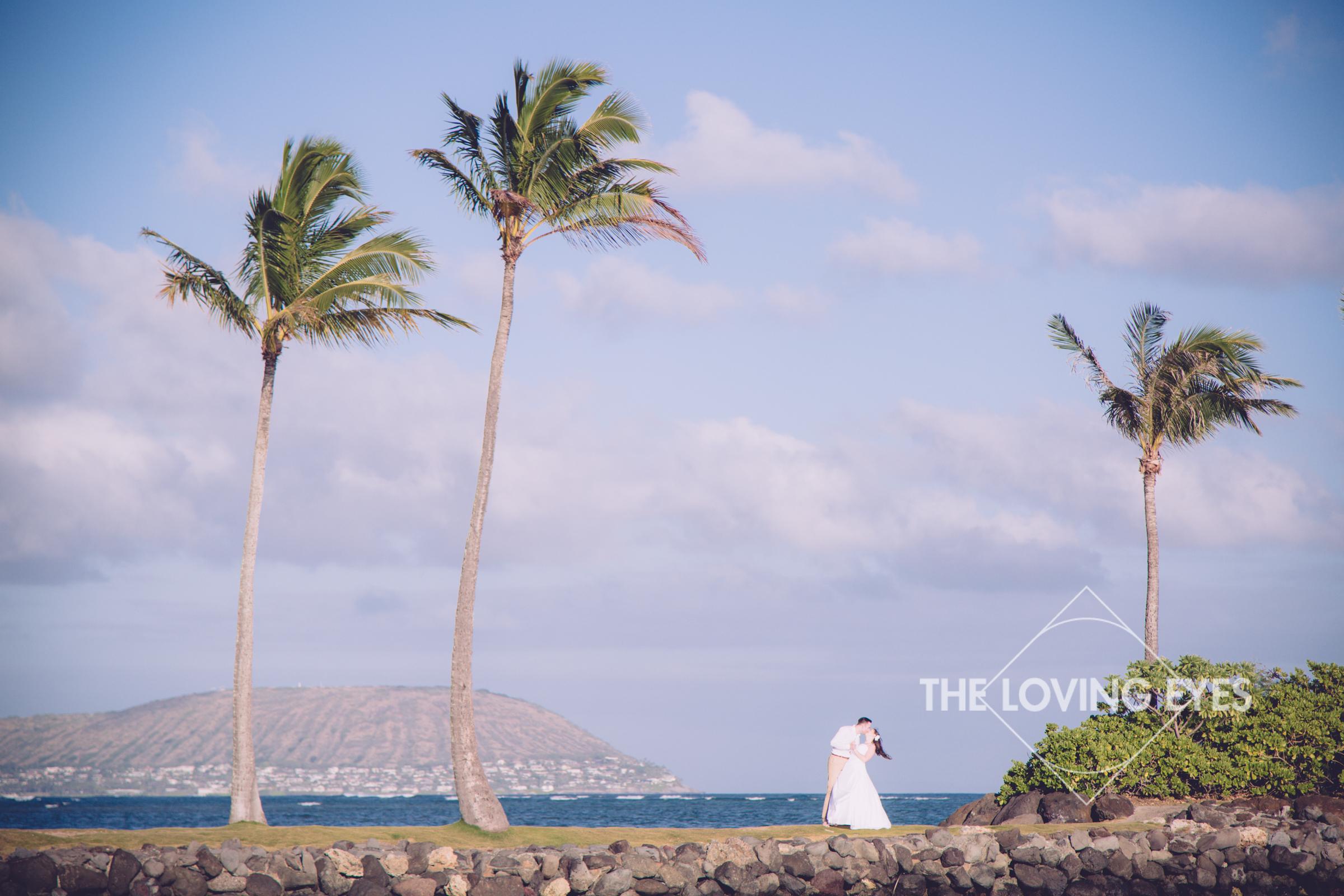 Hawaii-beach-elopement-8.jpg