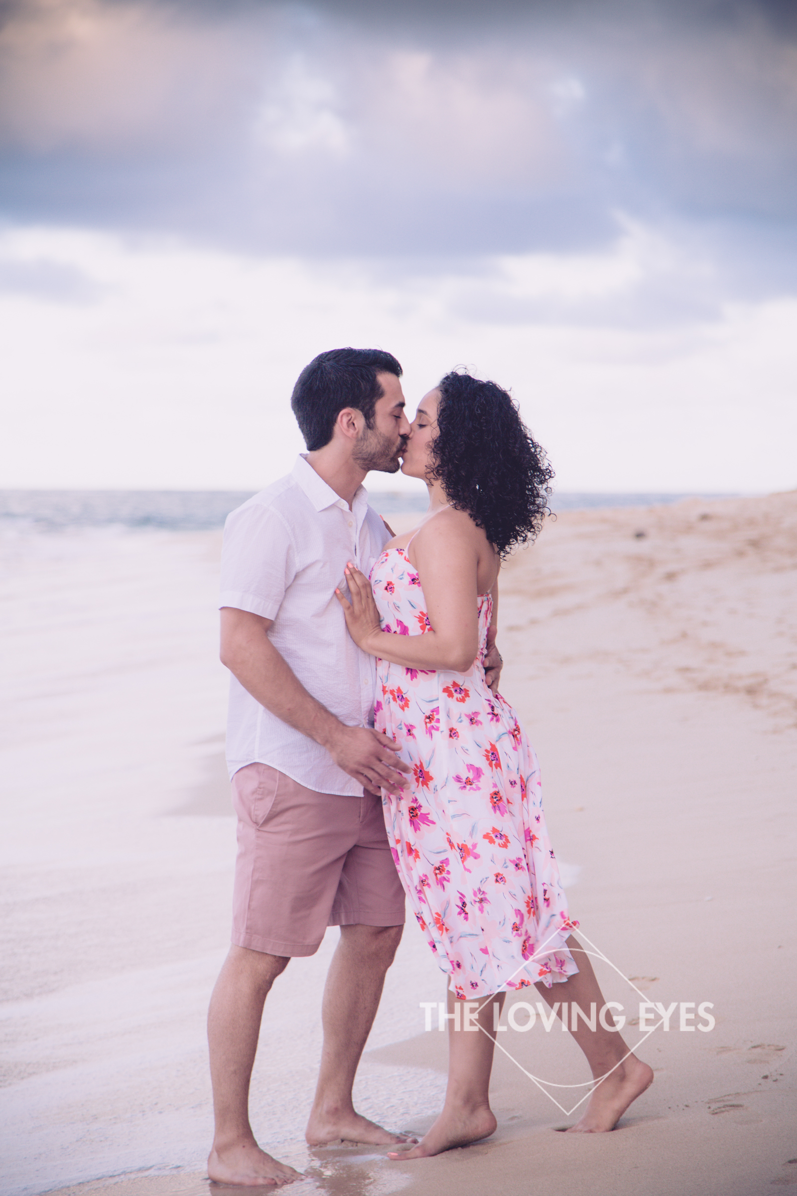 Hawaii-beach-proposal-2.jpg