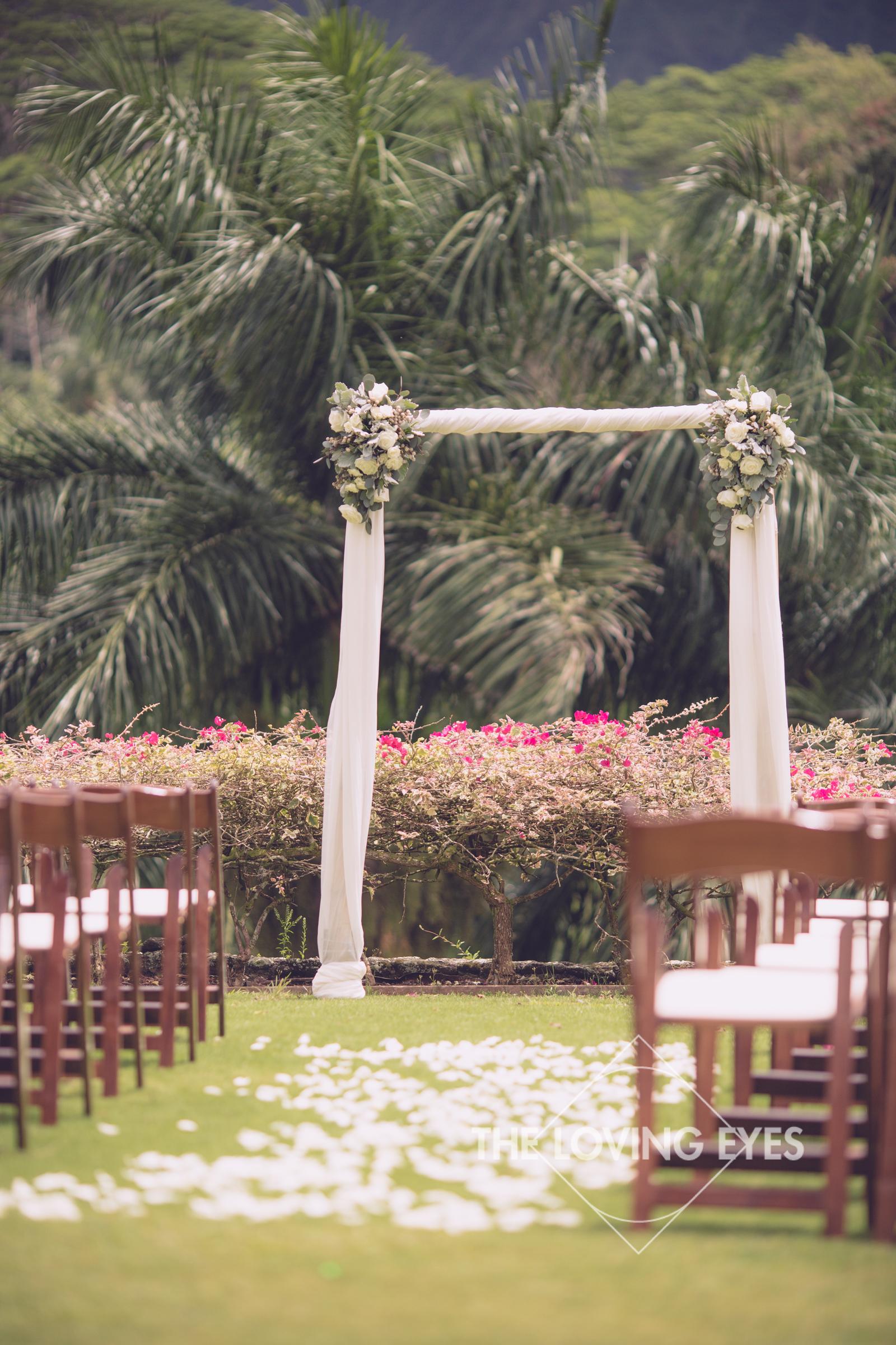 Destination wedding at Royal Hawaiian Golf Club-1.jpg
