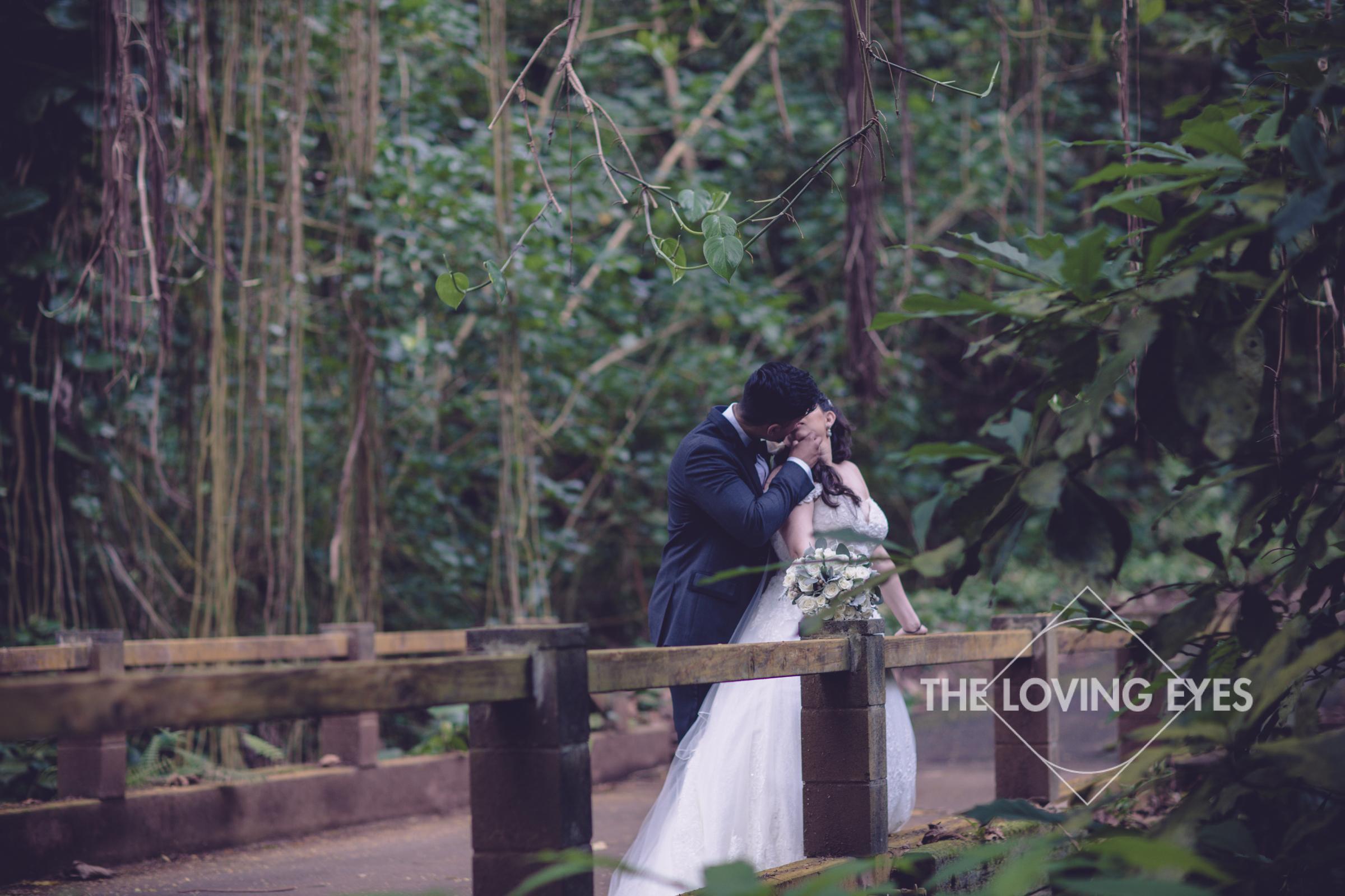 Destination wedding at Royal Hawaiian Golf Club-29.jpg