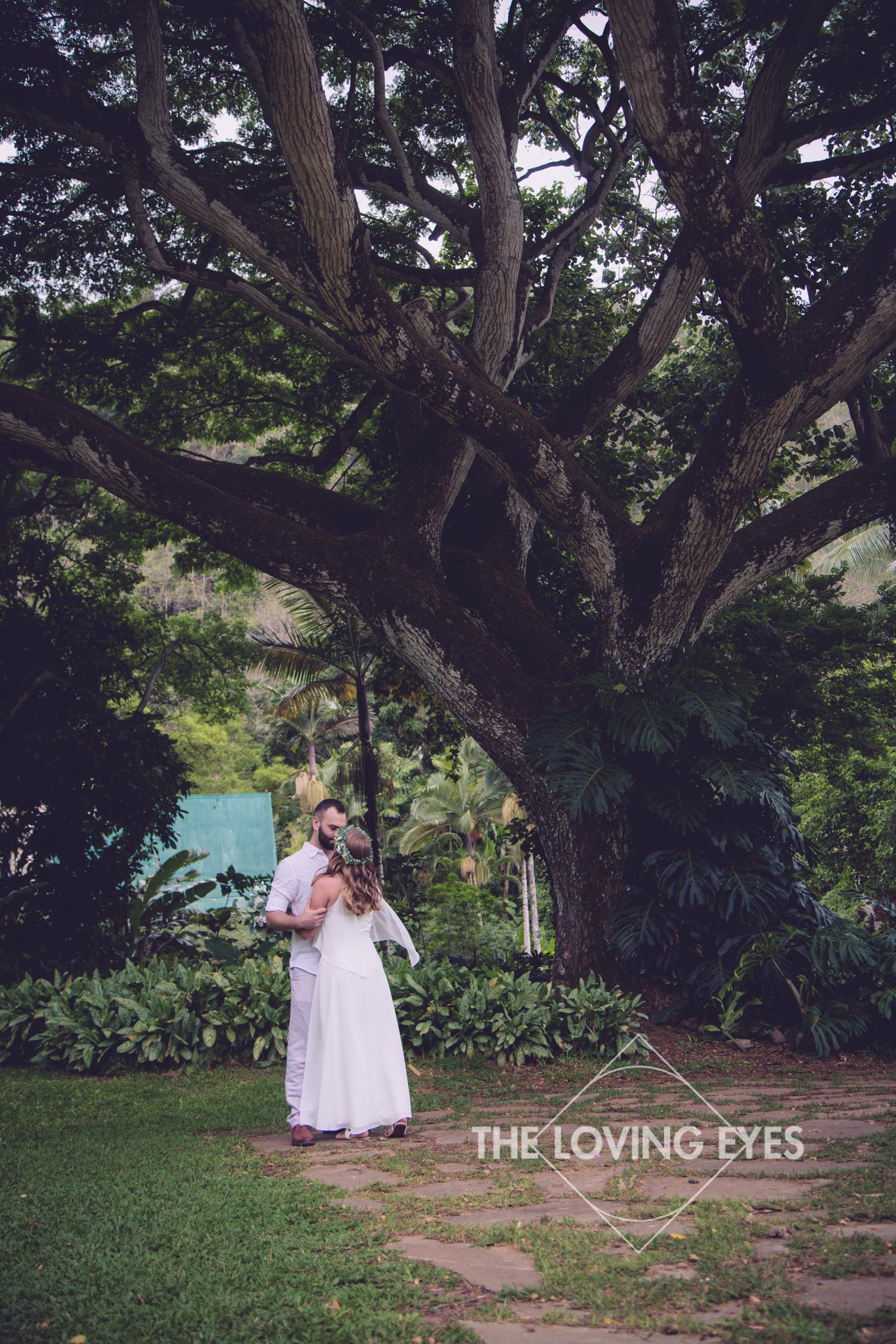 Destination Wedding at Waimea Valley-7.jpg