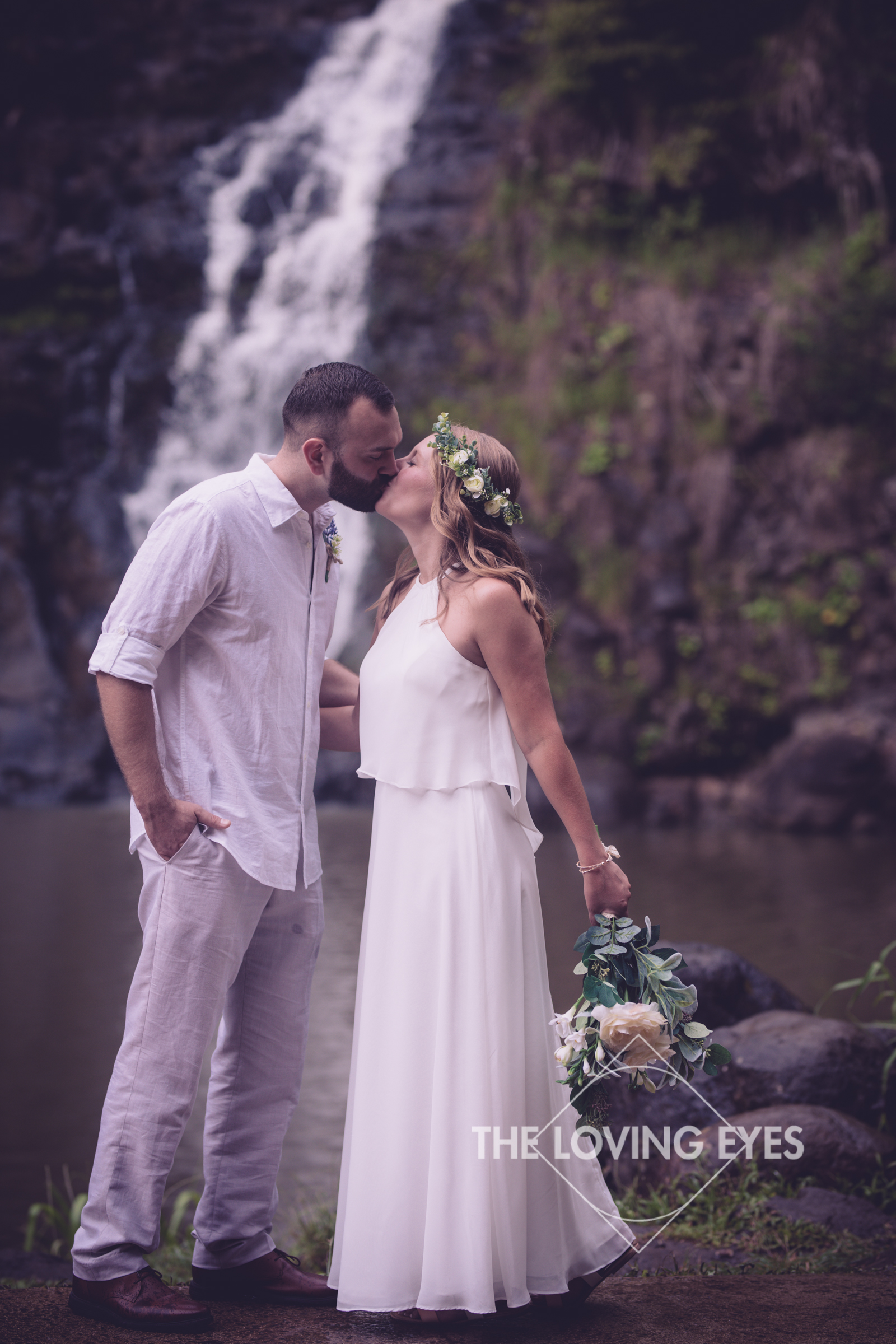 Destination Wedding at Waimea Valley-12.jpg