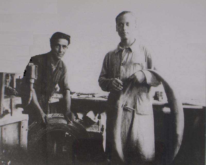 sulla destra Alessandro Balduzzi, il fondatore dell'azienda