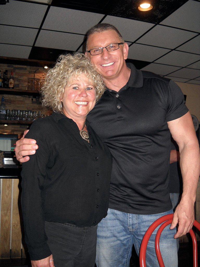 Cindy Baker & Chef Robert Irvine