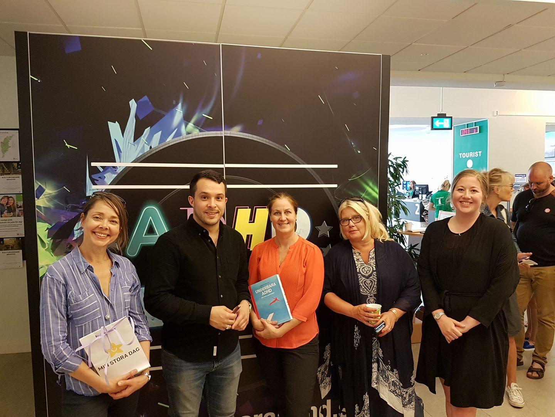 Psykiatrifondens styrelseledamot Tatja Hirvikoski tillsammans med Georgios Karpathakis (Underbara ADHD), Elin Wallberg Walldenström, Anna Sjölund, samt Matilda Glaser (Min Stora Dag).