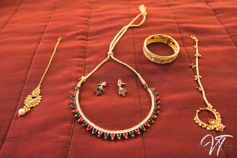 India Wedding Gold Jewelry