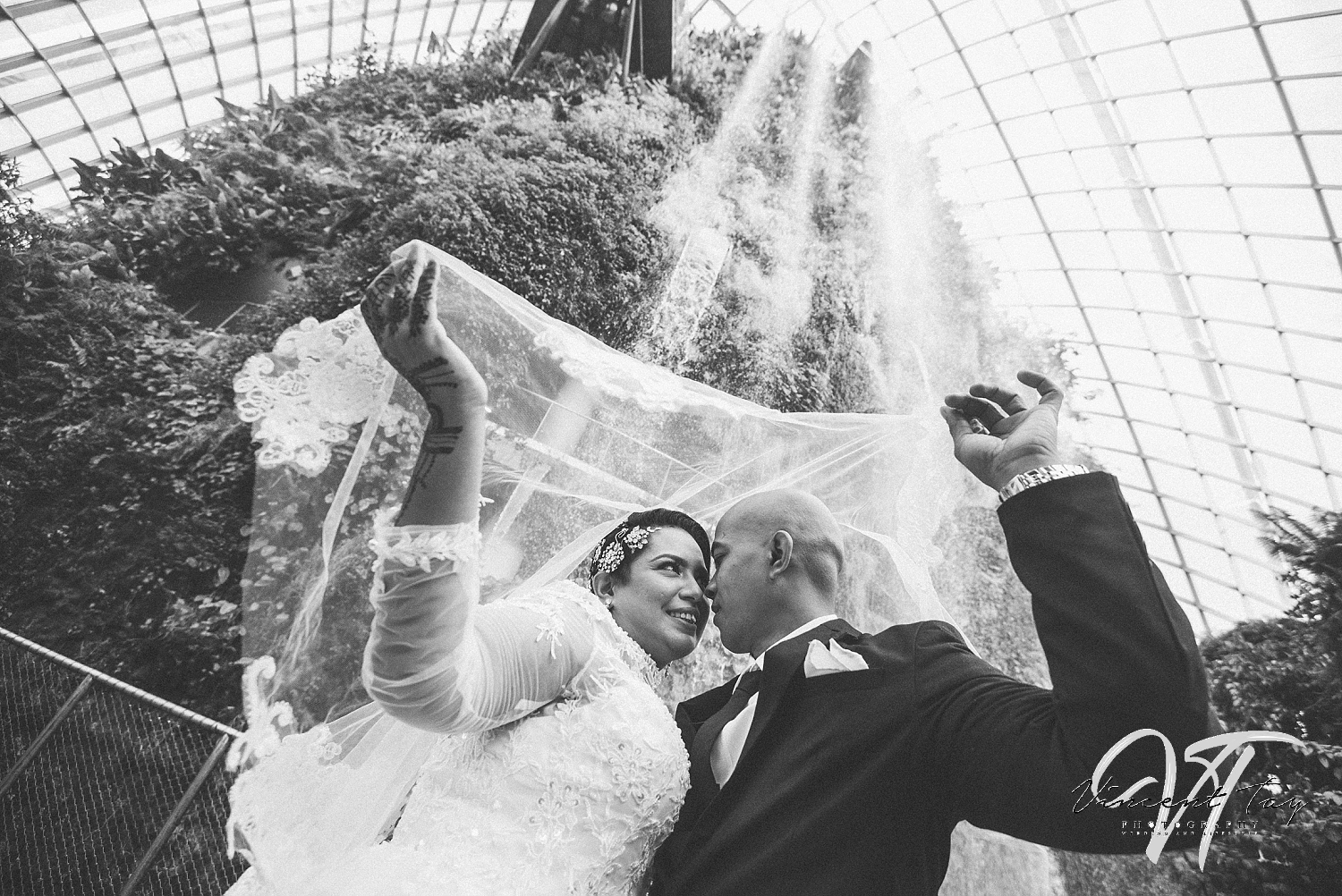 Gardens by the Bay Wedding at CloudForest.