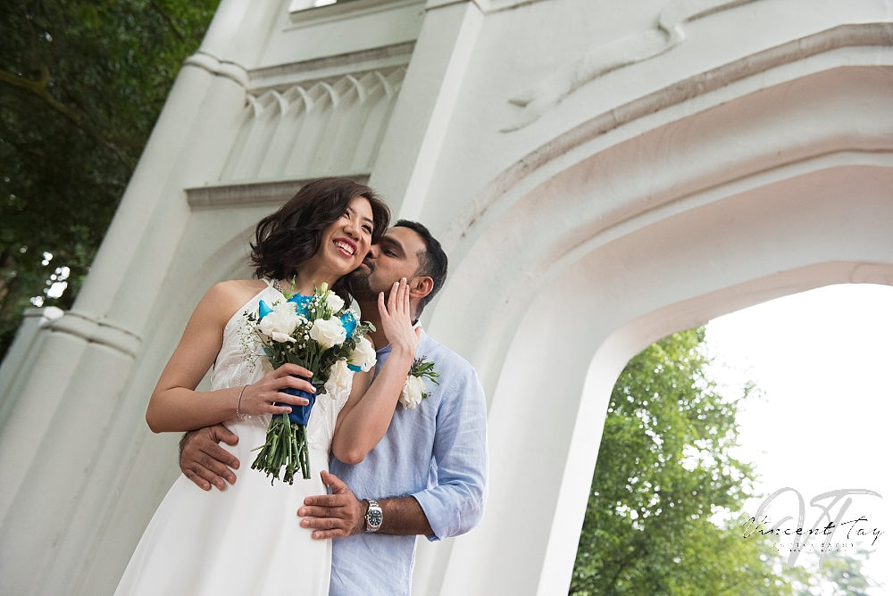 fort-canning-gothic-gate-couple-photoshoot.jpg