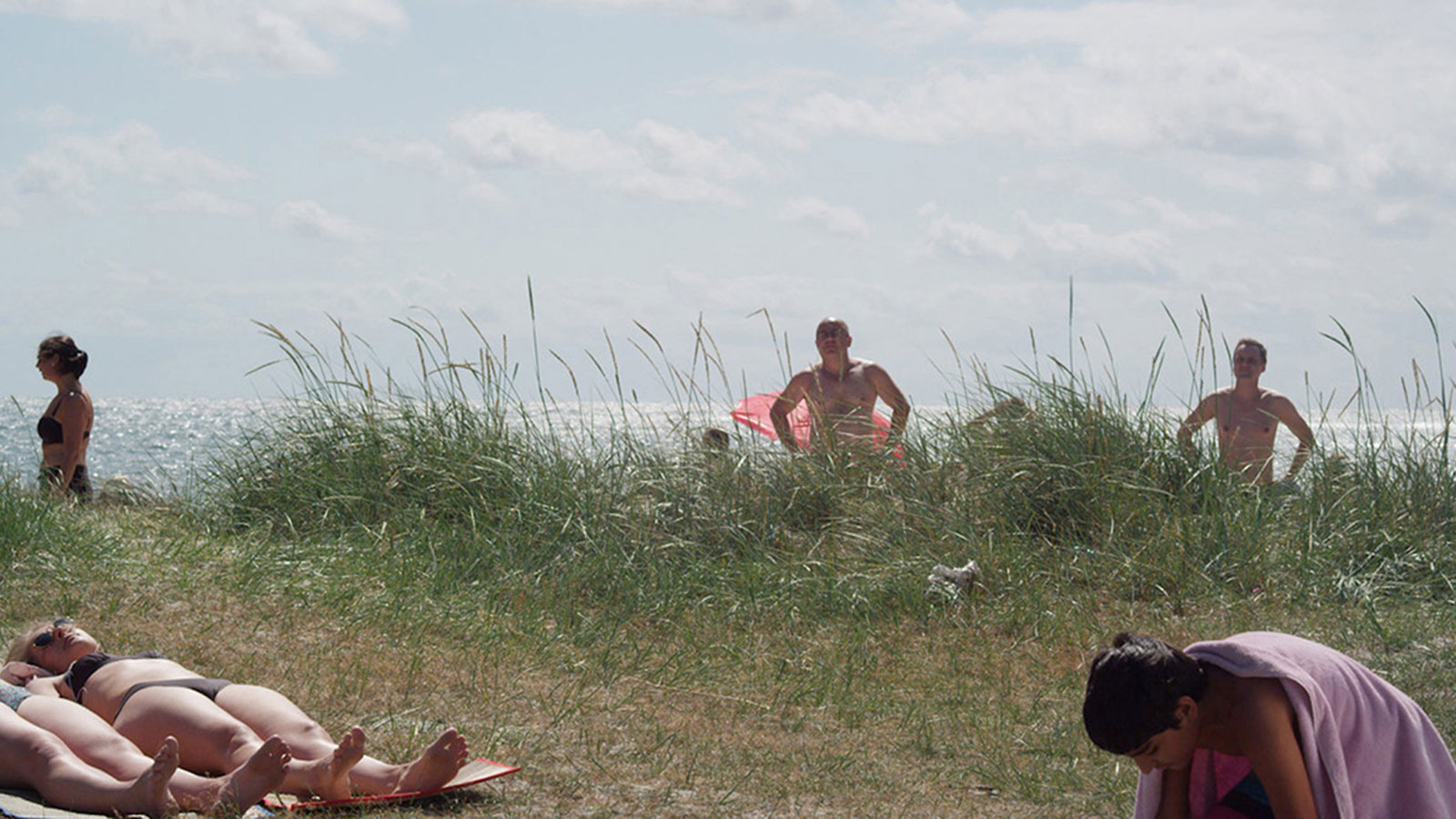 FIGHT ON A SWEDISH BEACH! Simon Vahlne.jpg