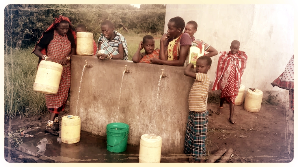 Water project for the Ololosokwan community in Tanzania, bringing fresh water to 5000 inhabitants is funded through the sale of Gundle's work inspired by the Maasai.