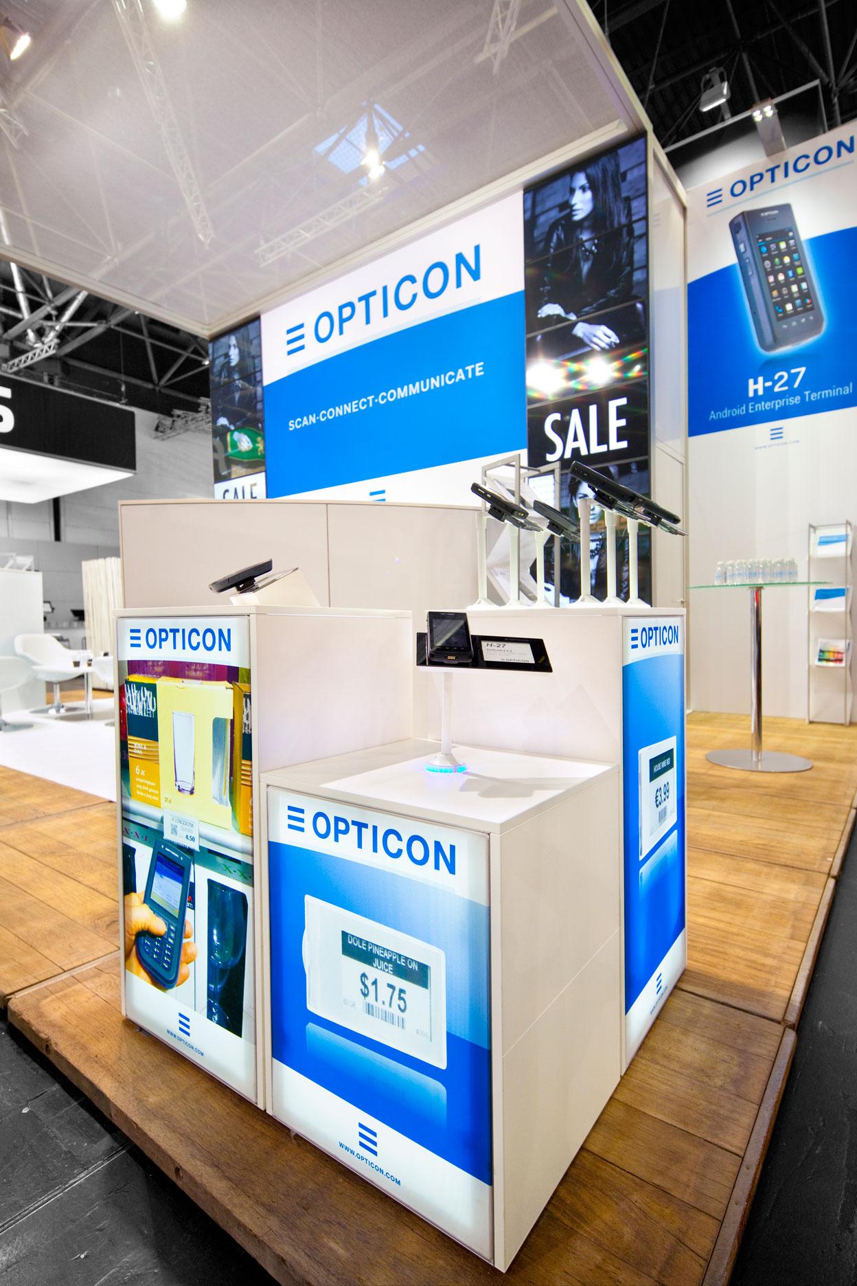 Buck-Design---Opticon---EURO-Cis-2015---Standbouwfotografie-#2366-B+.jpg