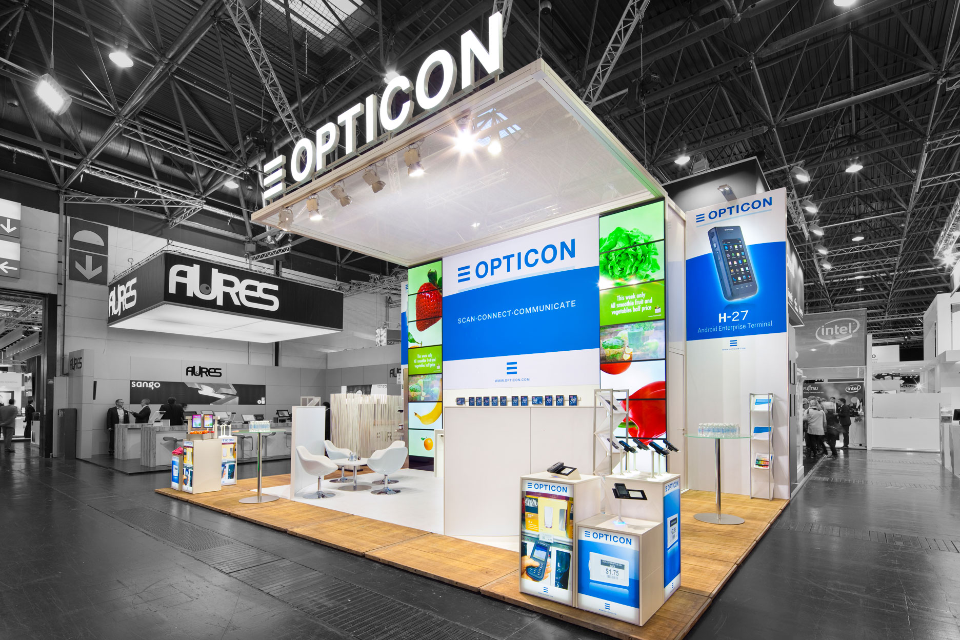 Buck-Design---Opticon---EURO-Cis-2015---Standbouwfotografie-#2303+.jpg