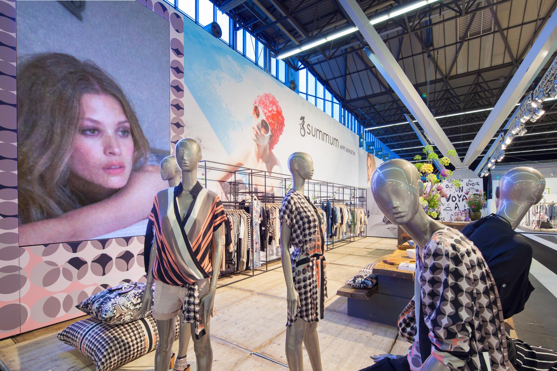 Buck-Design---Summum-Woman---Modefabriek-juli-2015---Standbouwfotografie-#0055.jpg