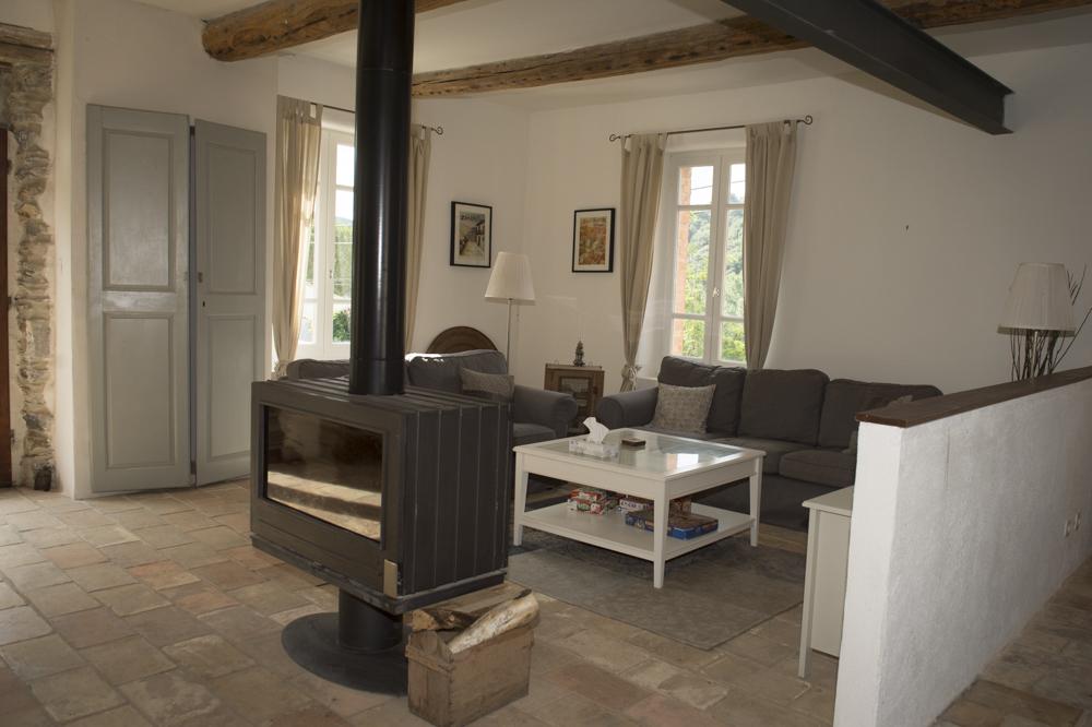 Haut_Livingroom-1.jpg