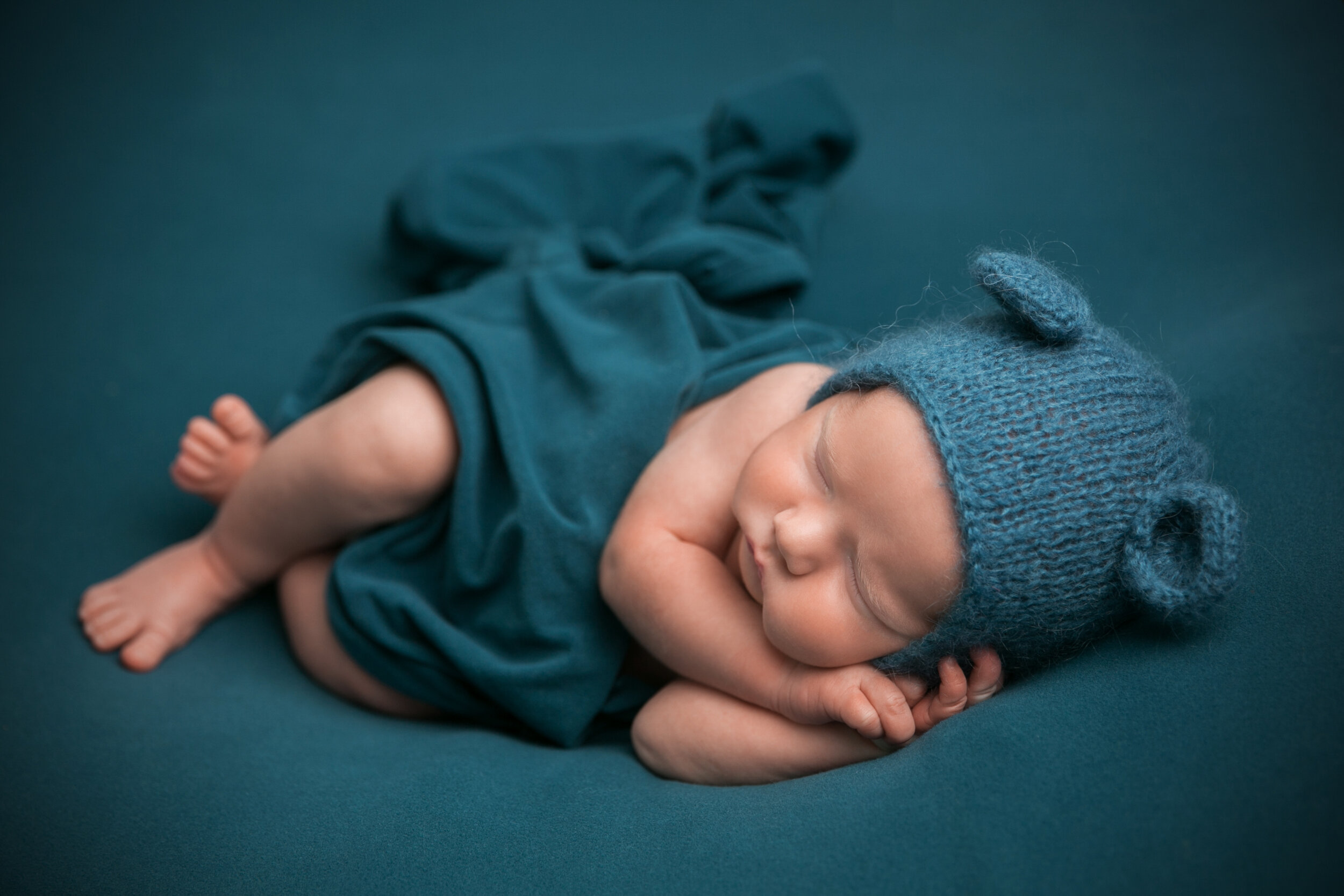 040_McDonald_Drew_newborn_0M7C5138-edit.jpg