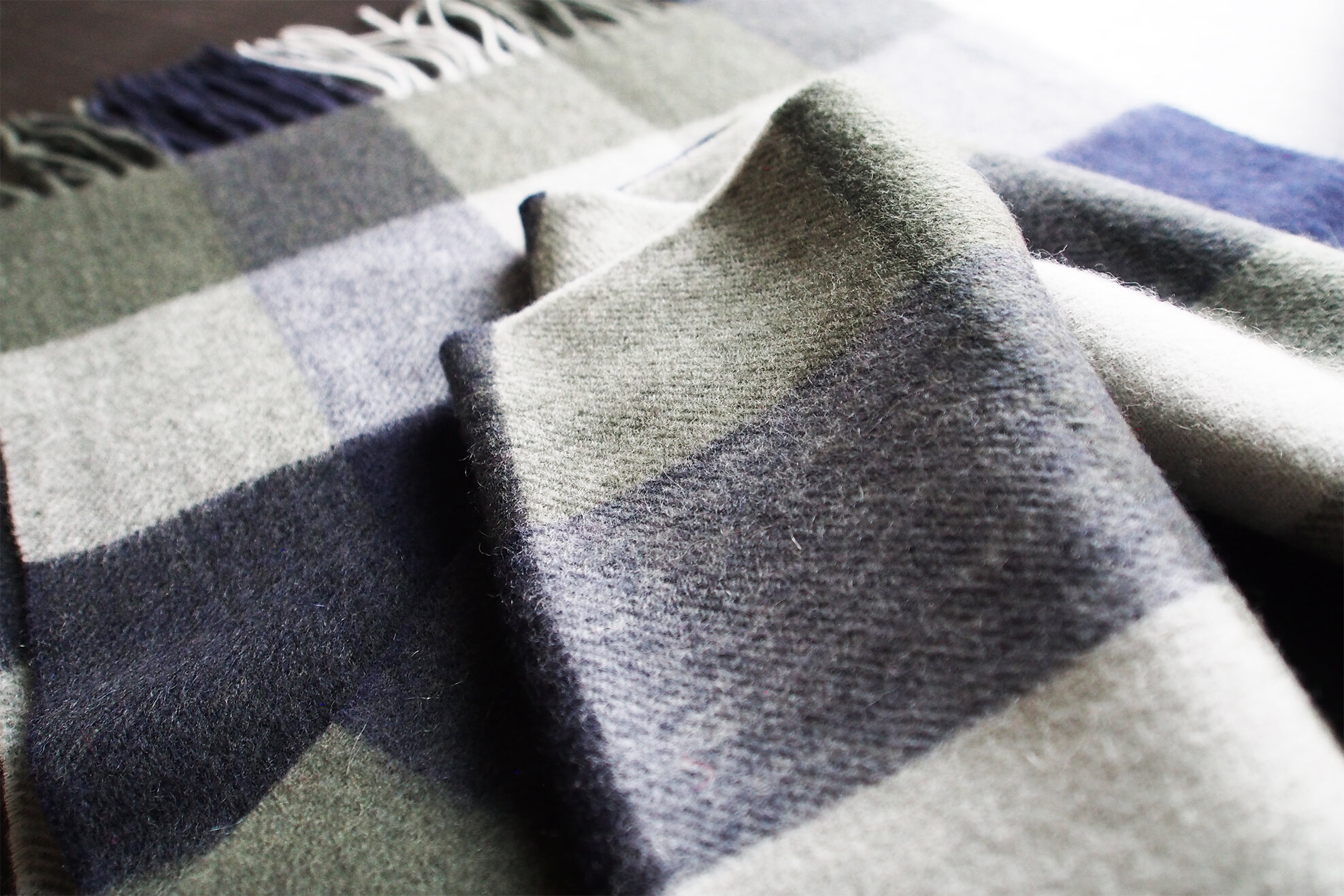 UNISEX CASHMERE PLAID - Extra soft and warm - 100% Inner Mongolian Cashmere.