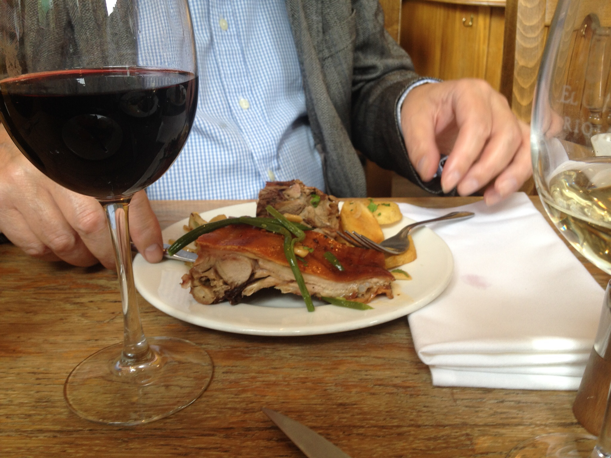 Little roast pigs were the highlight, especially bought up each week from southern Spain especially for the Resturants famous weekend roast