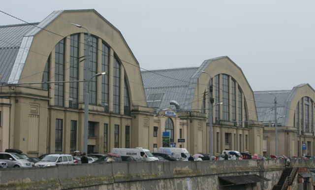 Look at the size of these market Pavillions and there are five of them