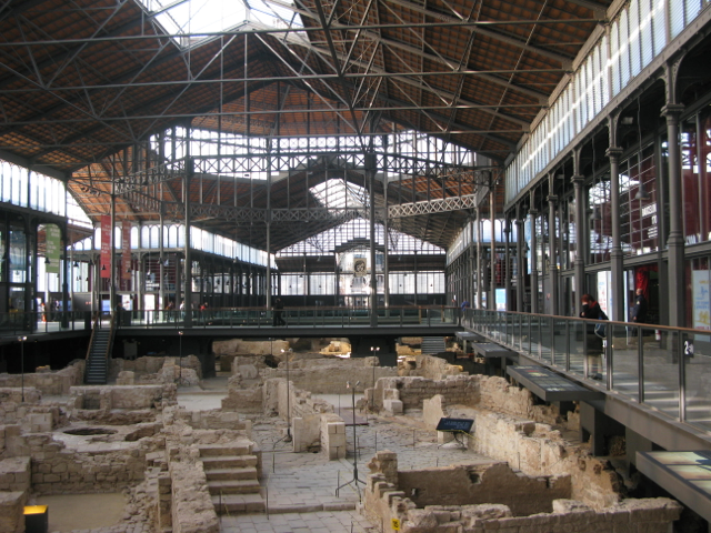 Mercat del Born, the former central market, which for years had covered these ruins of the medieval city