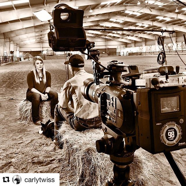 levityandlipstick  So excited to see some #levityandlipstick on the always stunning @carlytwiss  @ridetvnetwork  #thisoldhorse  #Repost  @carlytwiss (via  @repostapp ) ・・・ Wrapped our first episode of the second Season of  #ThisOldHorse at the Casner Ranch. We found an amazing story on a race horse with true grit, Well Armed. I can't wait for all of you to see it! You will be able to catch the episode soon only on @ridetvnetwork Thanks  @levityandlipstick for the great lips for the silver screen! 💋