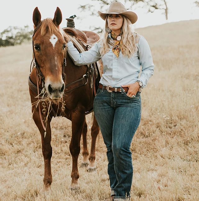 ⠀⠀⠀⠀⠀⠀⠀⠀⠀⠀⠀⠀ ✨Cowboys, hell I don't think about them. It's the cowgirls...I want to make an impact on them. ✨ #cowgirlconfessions #westernwednesday ⠀⠀⠀⠀⠀⠀⠀⠀⠀⠀⠀⠀ ⠀⠀⠀⠀⠀⠀⠀⠀⠀⠀⠀ ⠀⠀⠀⠀⠀⠀⠀⠀⠀⠀⠀⠀ 📸: @kcmaye for @buckwild_custom_wildrags - use my code: AMY20 for a sweet discount.