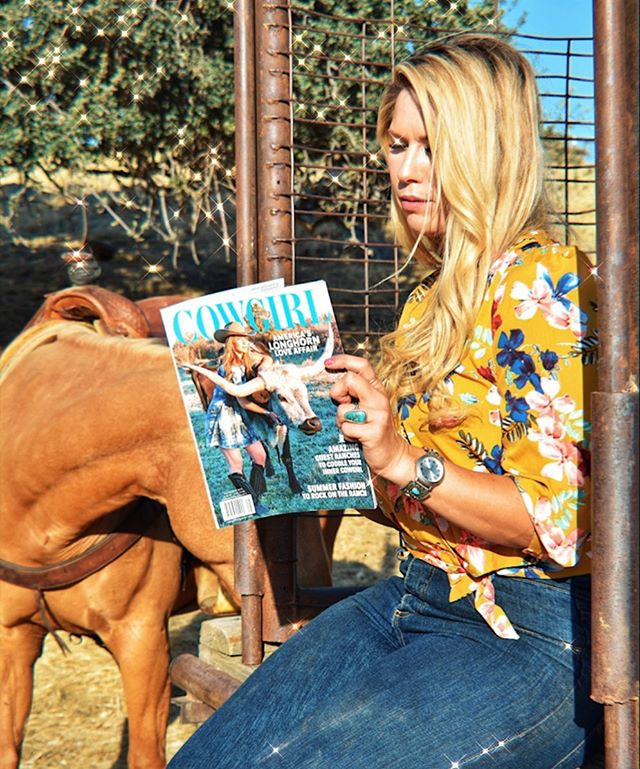 "⠀⠀⠀⠀⠀⠀⠀⠀⠀⠀⠀⠀ ✨@cowgirlmagazine @manentailequine @manentailbeauty are giving 5 lucky individuals an opportunity to win a copy of my book, ""Cowgirl Confessions"" along with product the winners and their horses! Visit @cowgirlmagazine to enter up. Better get at it! ✨ #californiadreamin ⠀⠀⠀⠀⠀⠀⠀⠀⠀⠀⠀⠀ ⠀⠀⠀⠀⠀⠀⠀⠀⠀⠀⠀⠀ ⠀⠀⠀⠀⠀⠀⠀⠀⠀⠀⠀⠀ 📸: @changalaaussies"