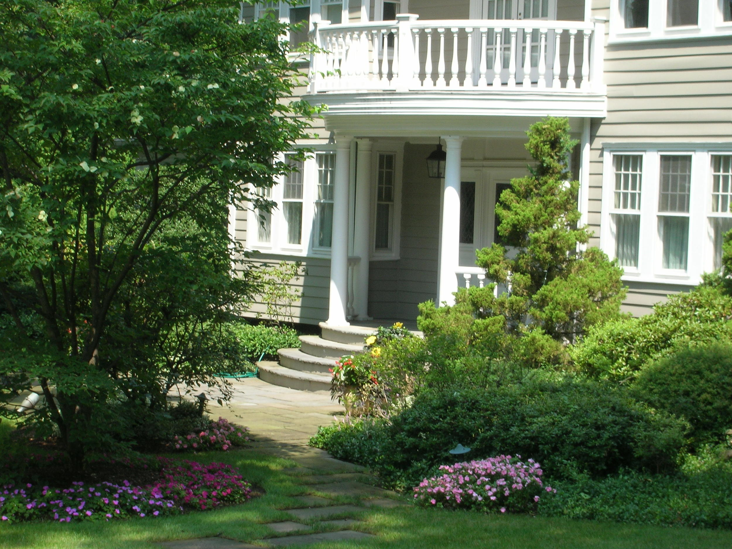 Lawn Mowing Service Ridgewood NJ