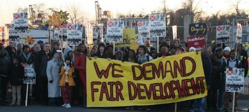 port_covington_protest-f82f08e58ba2274e2677dc382c7ccb30.jpg