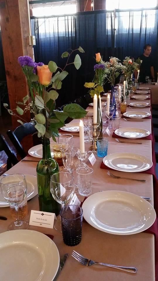 Detail of the tasteful table arrangement.