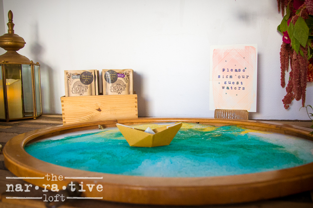 Love this alternative to a traditional guest book. Why not make it an art piece!
