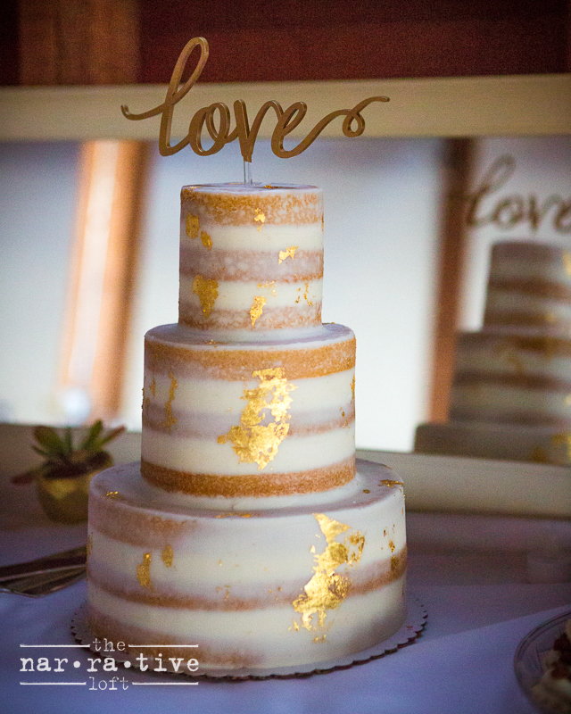 Have you ever seen a cake sparkle?!