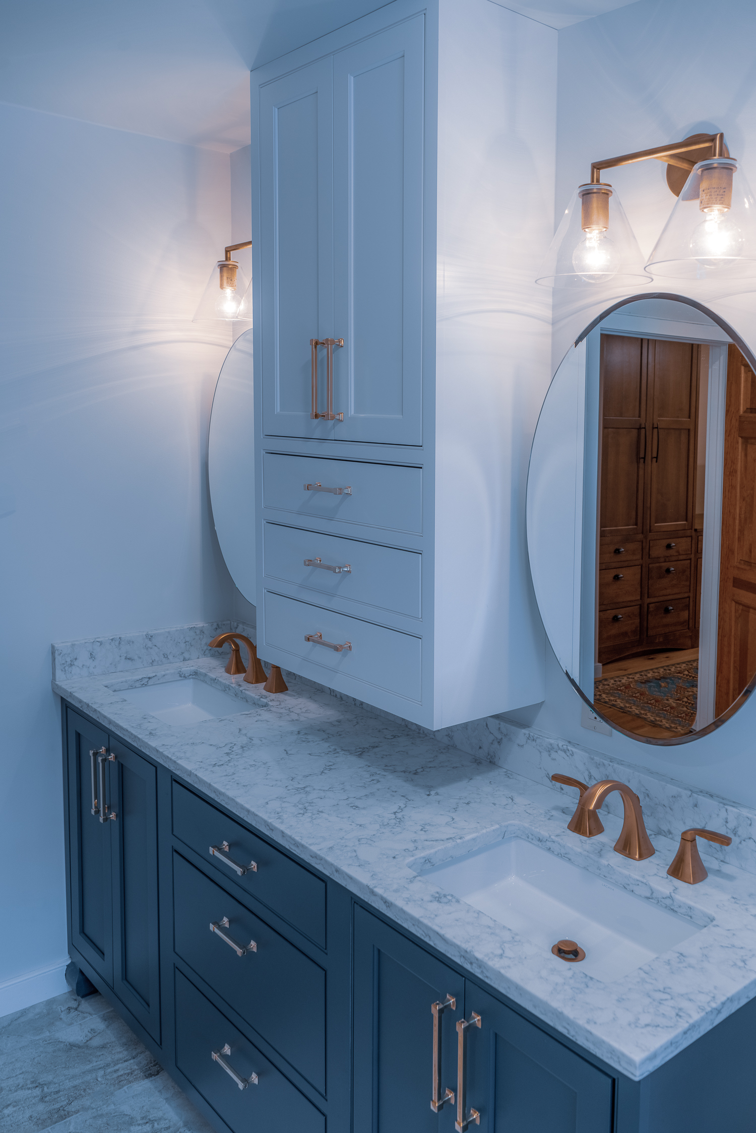 Master Bathroom counter.jpg