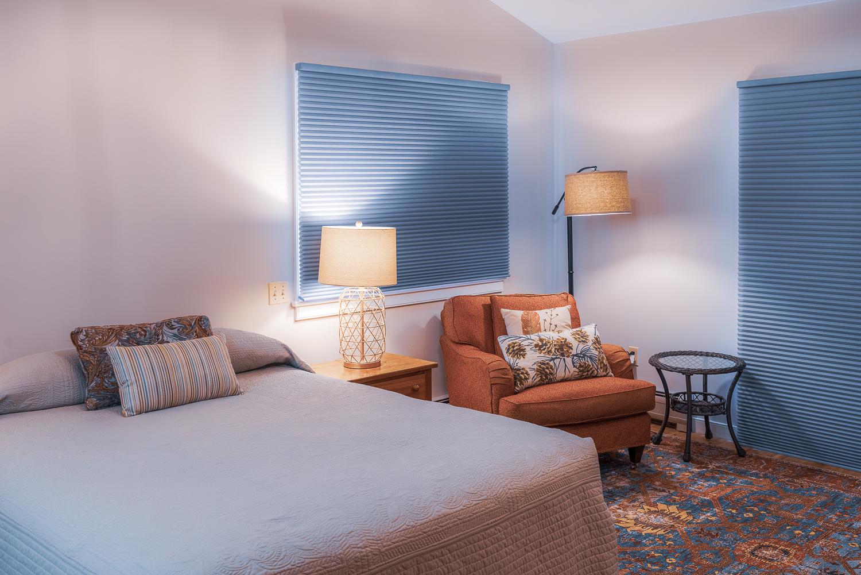 Master Bedroom Queen Bed.jpg